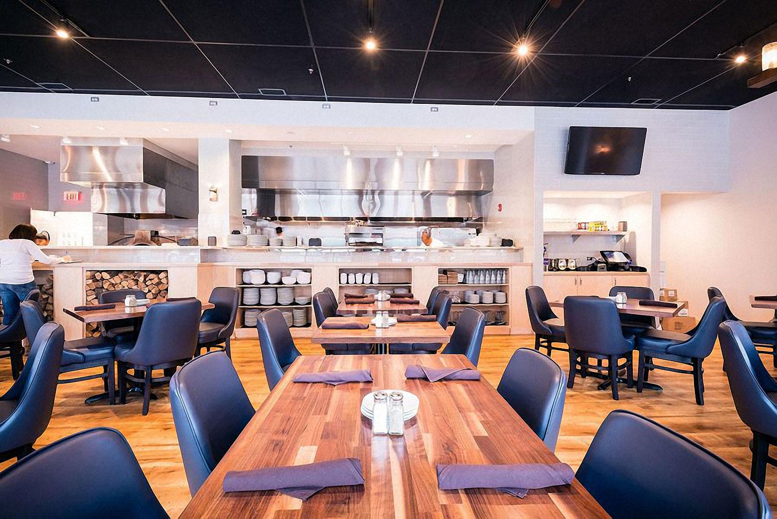 ten-mile-house-dining-interior-4