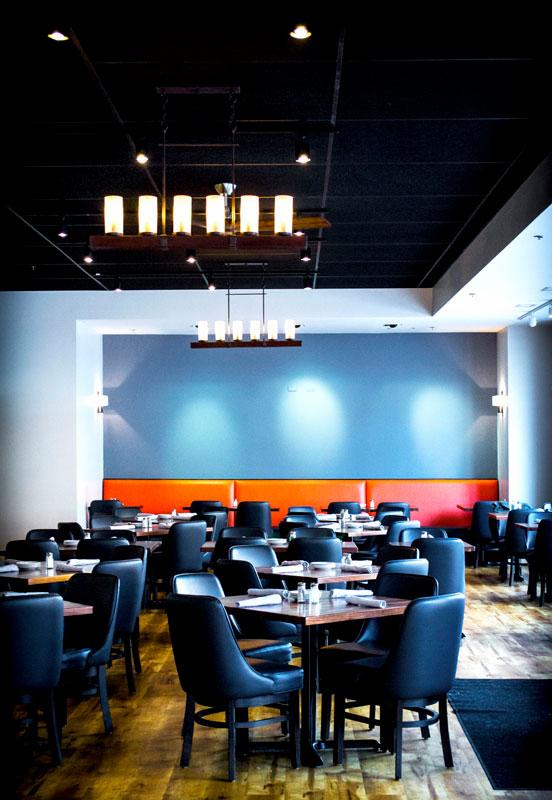 ten-mile-house-dining-interior